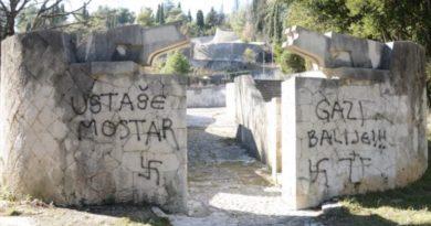 """Natpisi """"Gazi balije"""", """"Ustaše Mostar"""" i """"Balije u provalije"""" osvanuli na Partizanskom groblju u Mostaru"""